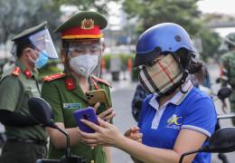 Sức ép mở cửa lại nền kinh tế của TP Hồ Chí Minh